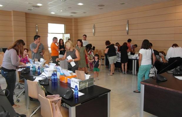 Alfafar. reparto bono escolar 2012