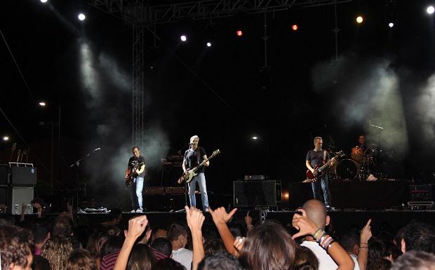Manises. concierto hombres g manises