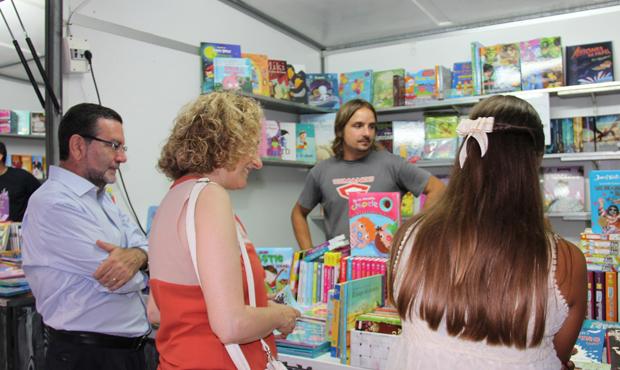 Torrent Feria Libro