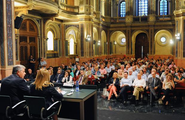 Dipu Reunión alcaldes plan de empleo
