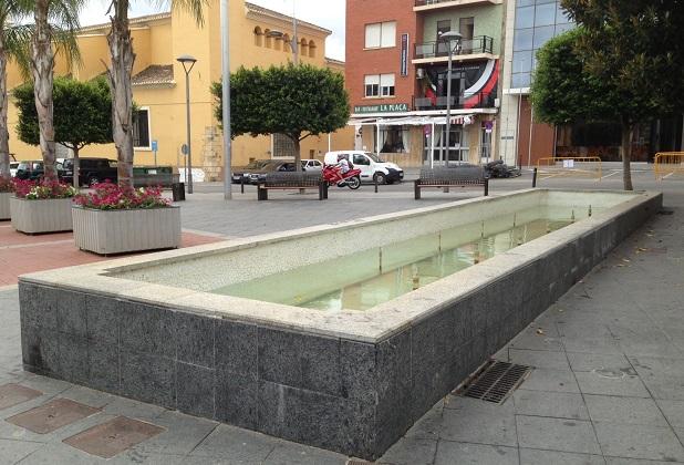 Picassent. Plaza. Fuente