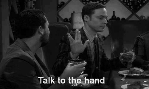 Solución ante incompetentes : decirles 'Háblale a la mano'