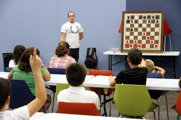 Puçol. Escuela ajedrez