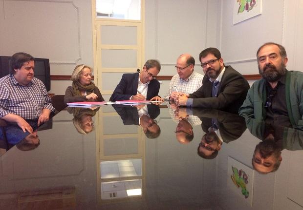 Burjassot. VAE. Firma contraro compra legado Estellés