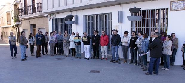 Picassent. Concentracio a les portes de l Ajuntament RTVV no es tanca 1