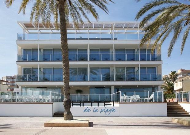Pobla de Farnals. Hotel de la playa