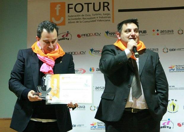 Fotur. premio a Hortanoticias. Manuel Furió. Victor Perez.