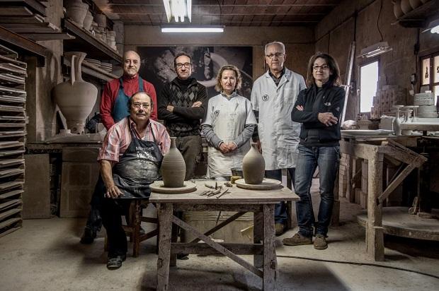 Manises. La Cerámica Valenciana de José Gimeno Martínez. finalista a los Premios Nacionales de Artesanía 13