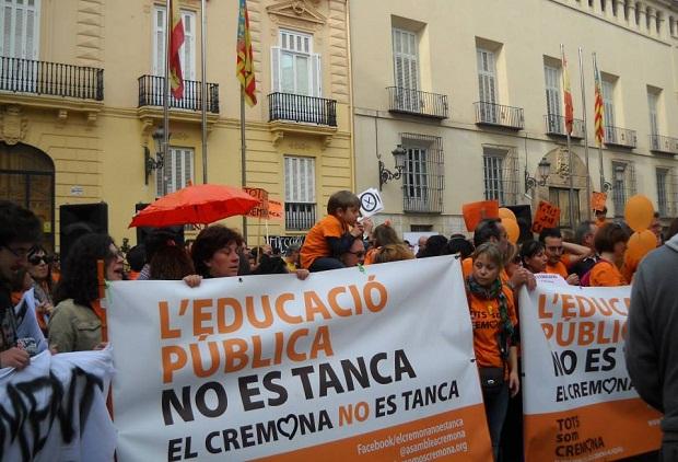 Alaquas. Manifestacion Valencia. Tots son Cremona