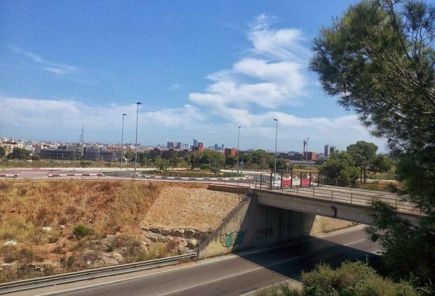 Paterna. Puente entre Mas del Rosari y La Coma y Parc Cientific
