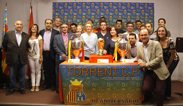 Torrent-TorrentCF-copas-seleccion-futbol-eurocopa-mundial