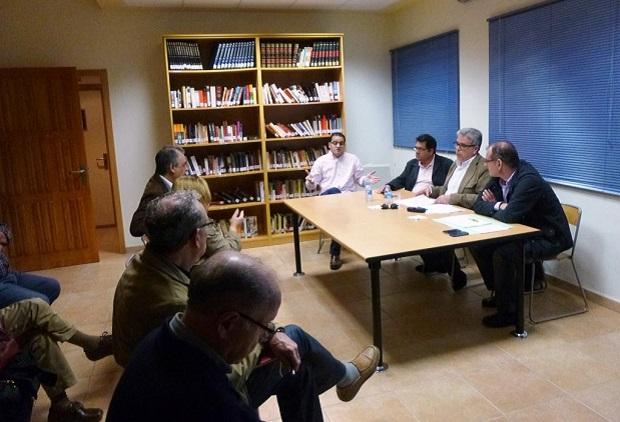 Moncada-alcalde-Medina-eunion-vecinos-proyectos