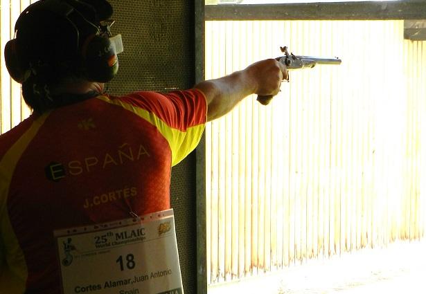 Paterna-bombero-campeon-españa-tiro-olimpico