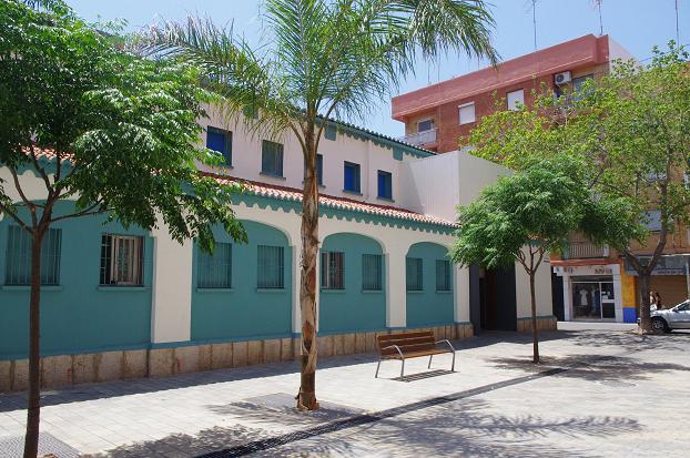 bancos mercado municipal xirivella