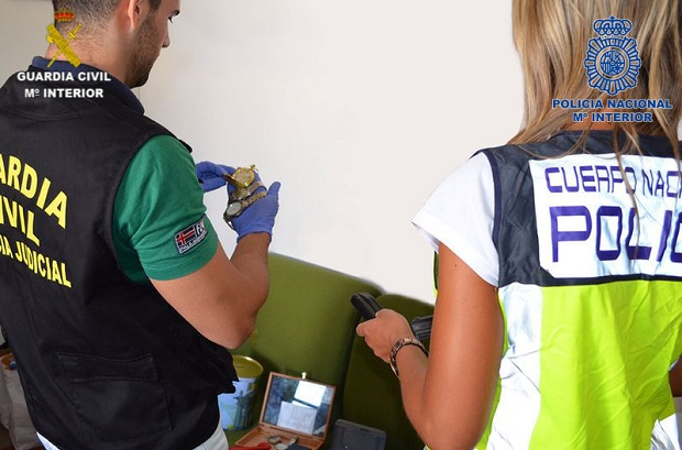 Manises. OPERACION CONJUNTA Guardia Civil y Policía Nacional
