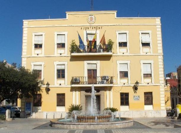 Benetusser-ayuntamiento-fachada