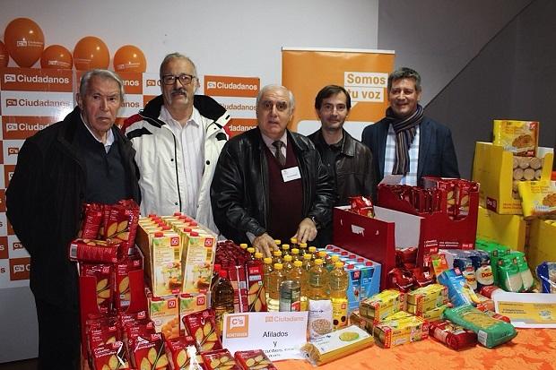 Benetusser-Navidad-caritas-Ciudadanos