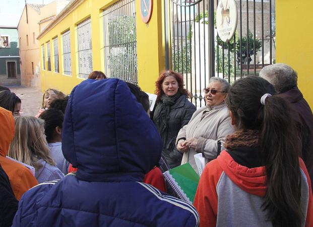 Los escolares aprenden historia de Mislata-2