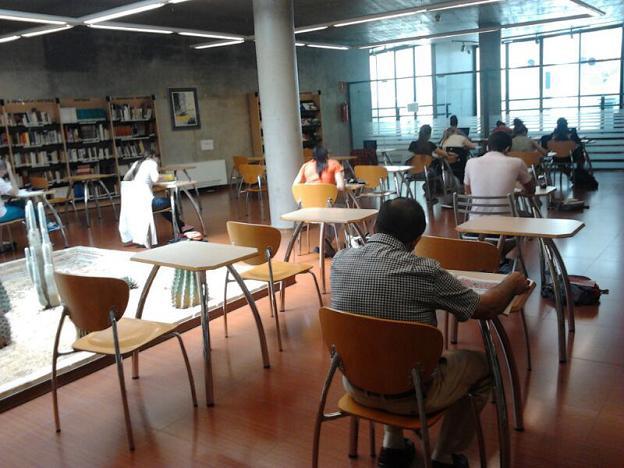 Biblioteca Cova Gran1