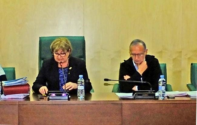 Alcaldesa y teniente de alcalde