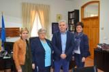 El Ayuntamiento cede a la Asociación de Familiares de Enfermos de Alzheimer el edificio Elaia de Moncada