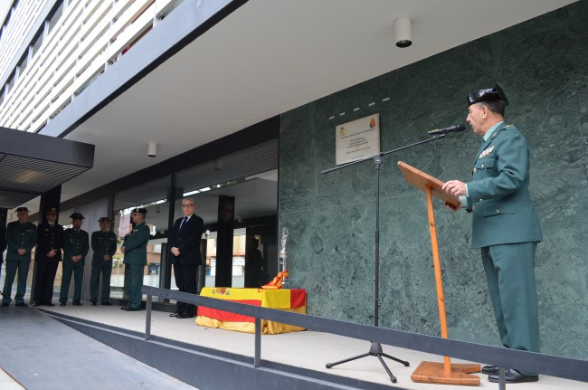 Moncada. homenaje guardia civil