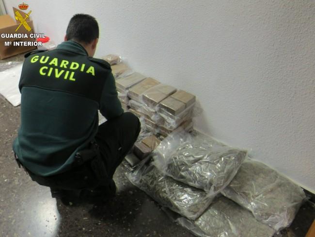 Puçol-Guardia-Civil-HACHIS-MARIHUANA