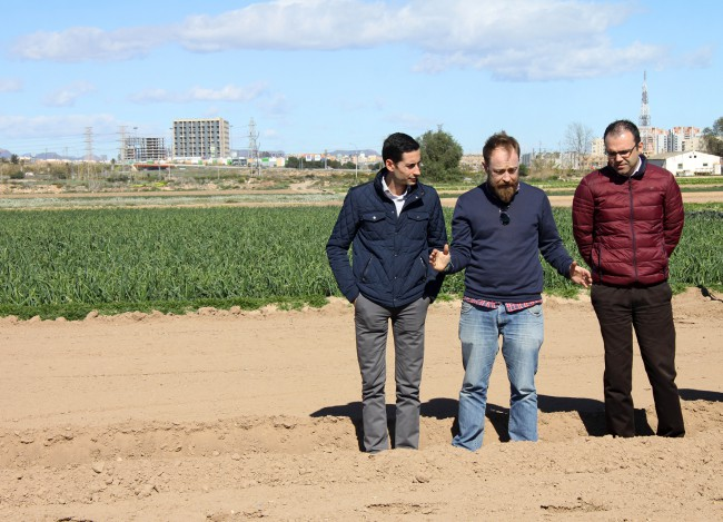 Firma del convenio Agrosolidaris-2