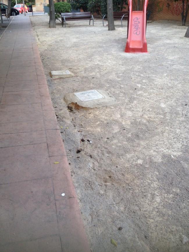 Excrementos perro parque Terramelar (2)