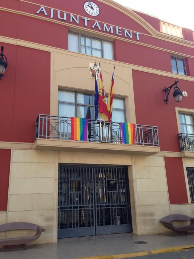 banderes multicolor a rafelbunyol
