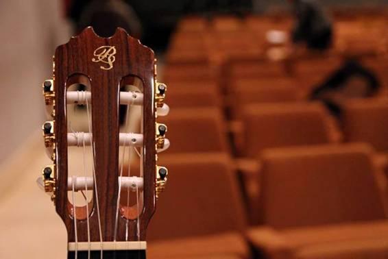 gala benéfica guitarra torrent