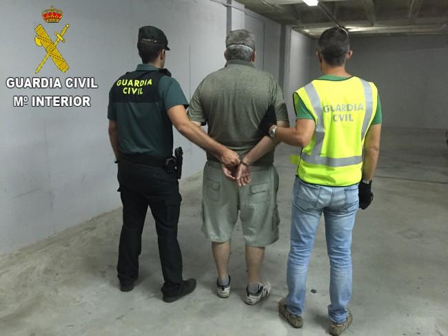 Guardia-Civil-detenido-banco-Picassent