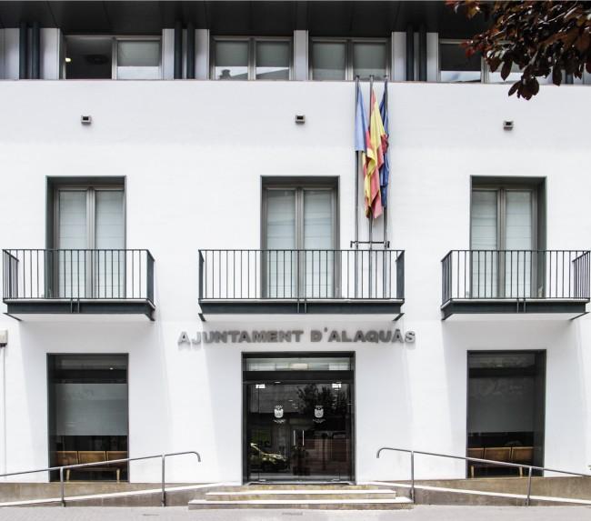 fachada ayuntamiento alaquàs