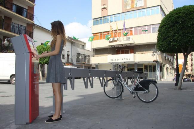 Mislata. Nueva estación bicis de alquiler en plaza Constitución