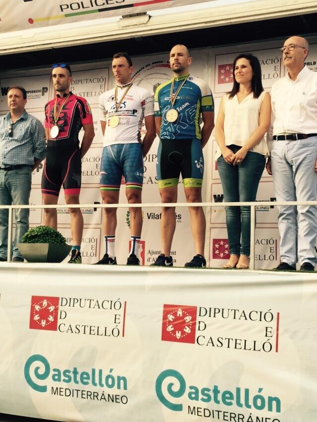 Torrent-podio-camponato-mundo-ciclismo-policias