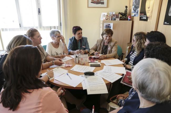 Mislata. Reunión programación Jornadas violencia género