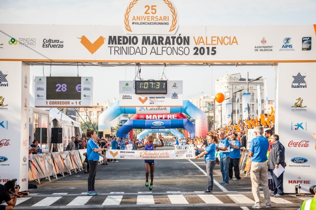 Valencia-medio-maraton-ganadora-prueba-femenina