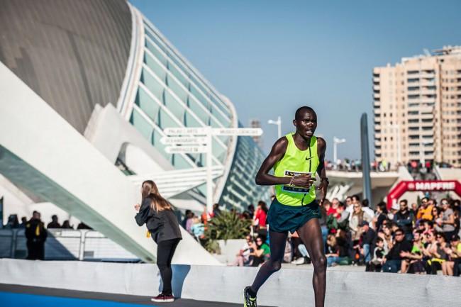 Maraton-Valencia-Trinidad-Alfonso-2015-16