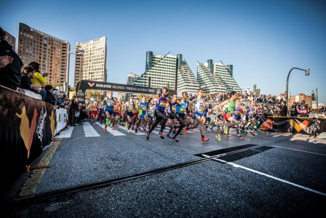 Maraton-Valencia-Trinidad-Alfonso-2015-salida-01