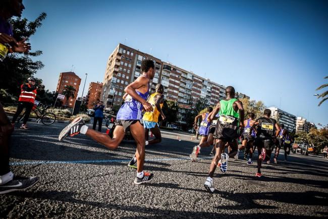Maraton-Valencia-Trinidad-Alfonso-2015-salida-03