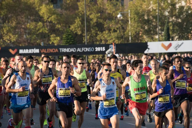 Maraton-Valencia-Trinidad-Alfonso-2015-salida-09