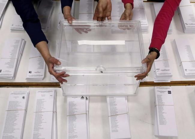 Elecciones-Generales-Urnas-papeletas