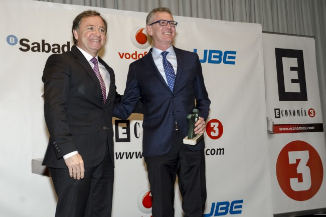 premio economía 3 grupo aguas de valencia