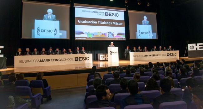 ESIC-GRADUACIÓN-MÁSTER-2016-Simón Reyes Martínez Cordova. Director de ESIC Business&Marketing School