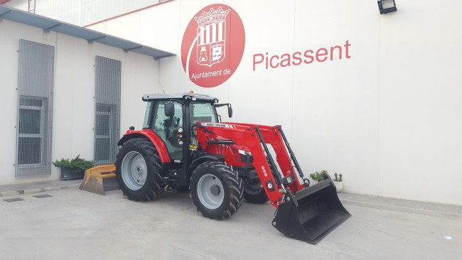 Picassent adquireix un nou tractor per als serveis agraris municipals