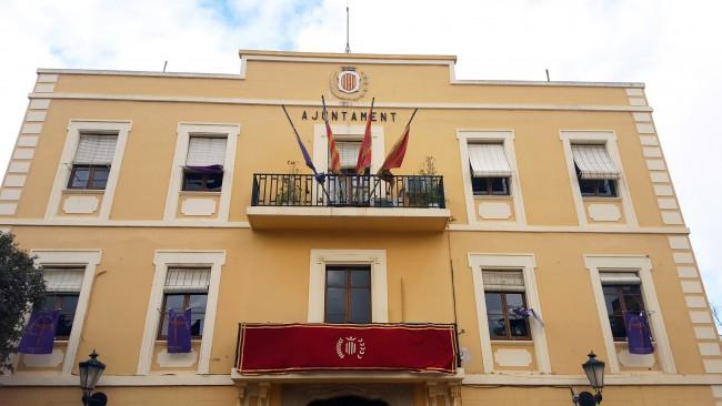 Benetússer fachada ayuntamiento bandera UE media asta