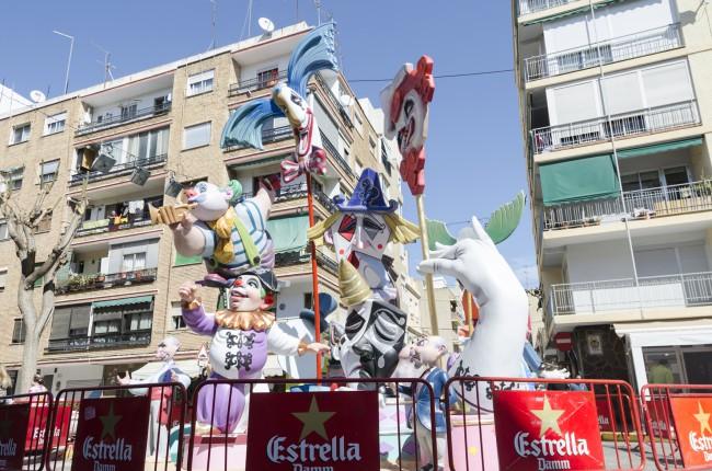 Els 22 monuments ja llueixen tot l'esplendor en els carrers de Mislata (6)