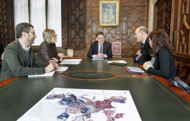 Reunion Ximo Puig,  Maria Jose Salvador y presidente Renfe línea c-3
