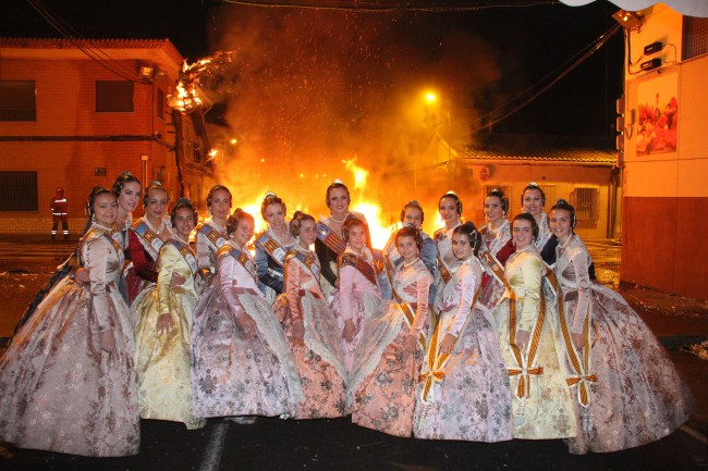 Torrent. falles 2016. Crema. Falleres Majors de Torrent