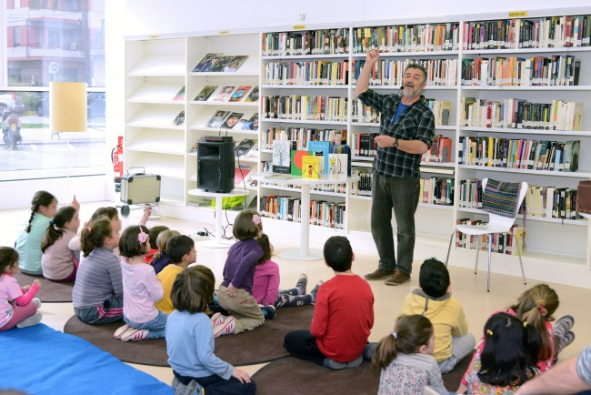 Paiporta. Biblioteca. Día Internacional del Libro